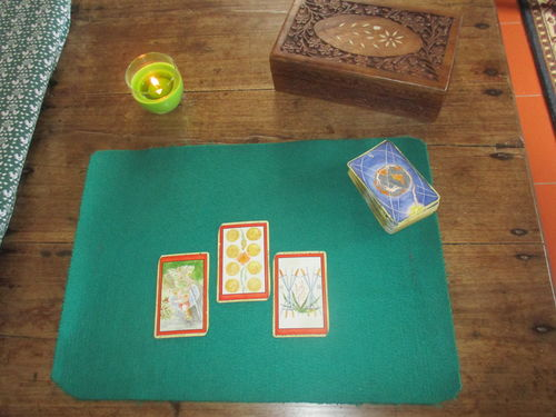 3 cards tarot reading